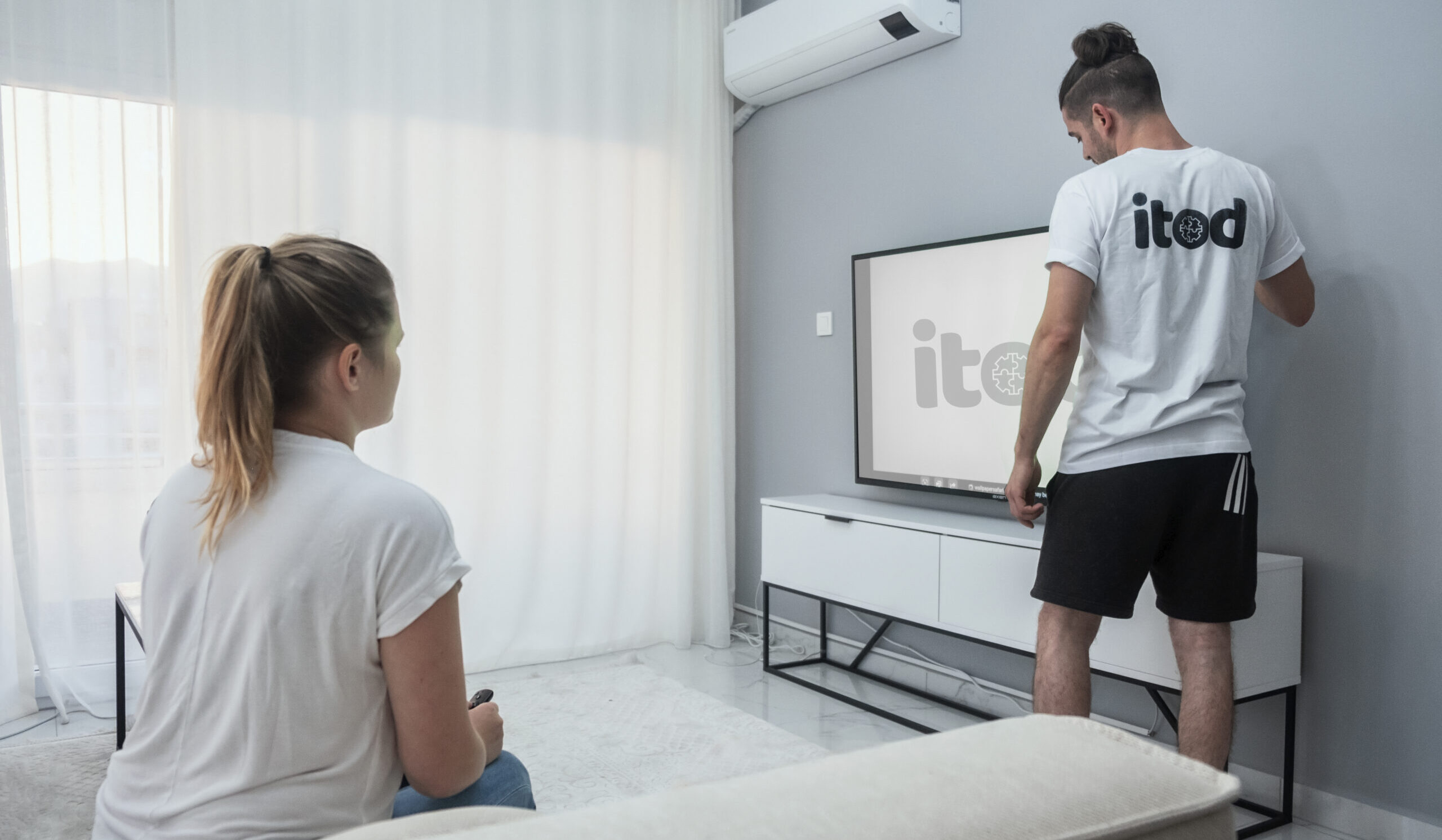 Best TV Mounting Service in Los Angeles